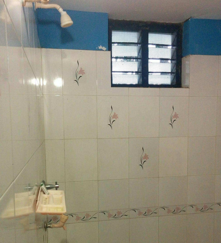 インドヨガ施設のシャワー