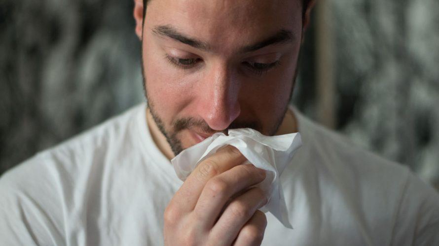【ヨガで花粉症対策】鼻うがいの方法とおすすめポーズのやり方